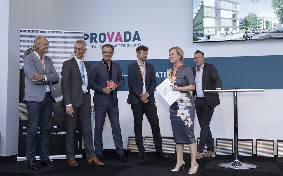 Provada, Team Staedion